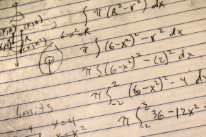 Juegos y Ejercicios Matemáticas Primaria</h4>                 </div>